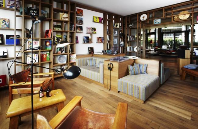 25 hours Hafencity, Hamburg | Vinyl Room