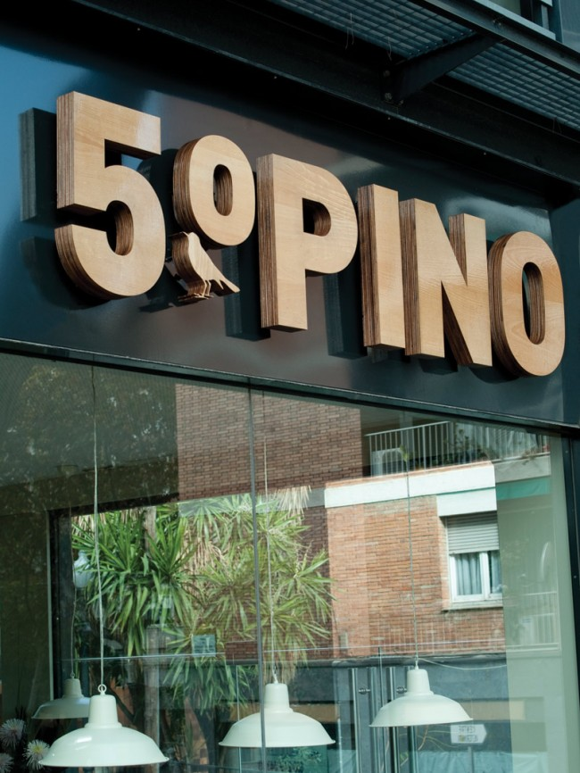 Graphic Identity for 5º Pino cafe and restaurant