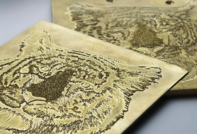 Illustration, auf Papier geprägt. Kunde: Arctic Paper, Ausgezeichnet vom DDC 2010