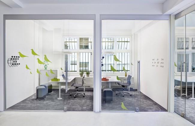 neuer coworking space in hamburg page online. Black Bedroom Furniture Sets. Home Design Ideas
