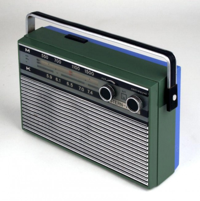 Kofferradio Stern Party R120-00, Hersteller VEB Stern-Radio Berlin, 1967, Design Michael Stender