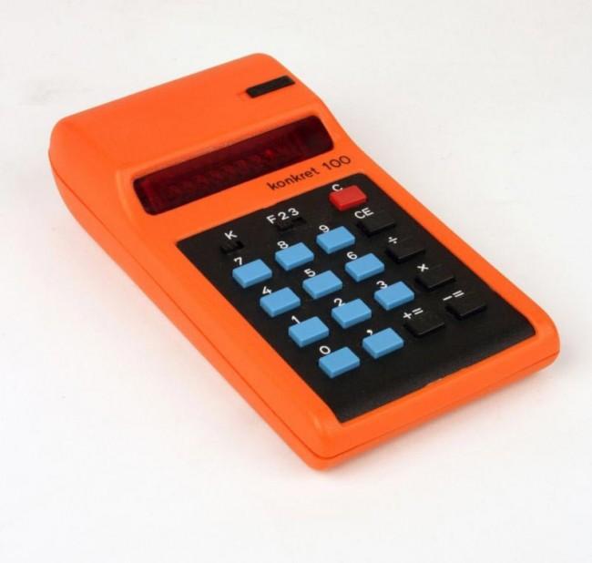 Taschenrechner Konkret 100, vermutlich Werksentwurf, Hersteller VEB Röhrenwerk Mühlhausen, um 1975