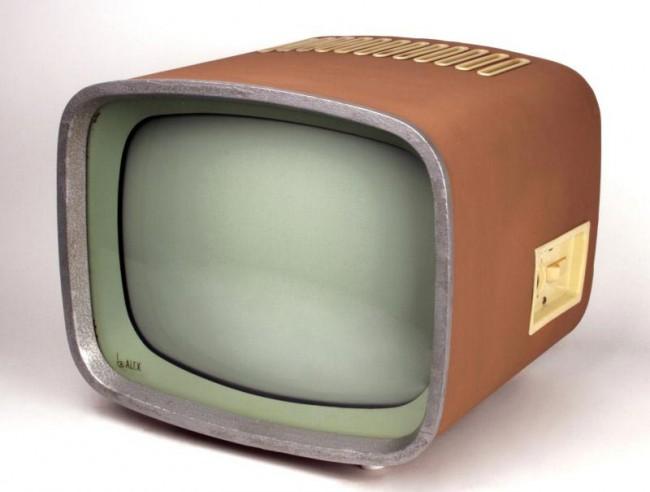 Fernsehgerät Alex, Design Horst Giese, Jürgen Peters (Studienarbeit, Hersteller VEB Stern-Radio Berlin, DDR, 1958)