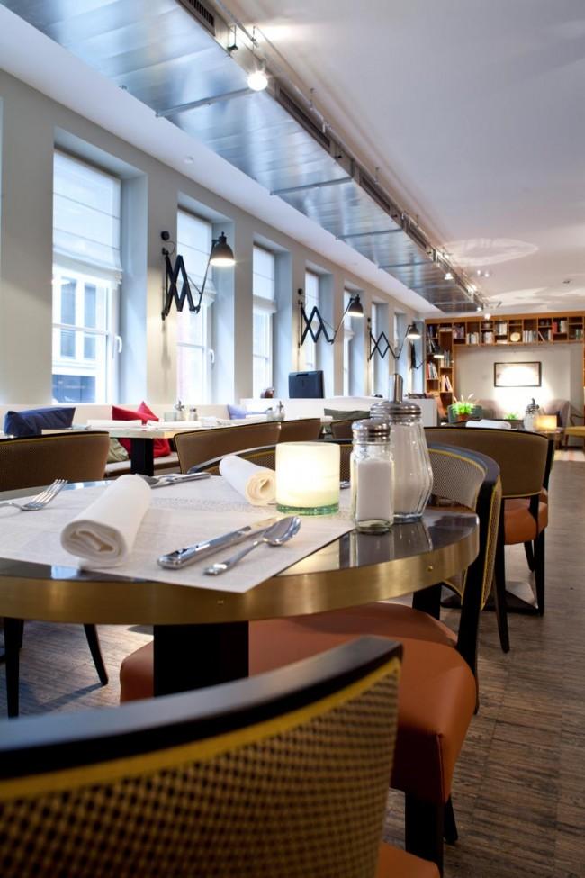 henri neues designhotel in hamburg page online. Black Bedroom Furniture Sets. Home Design Ideas