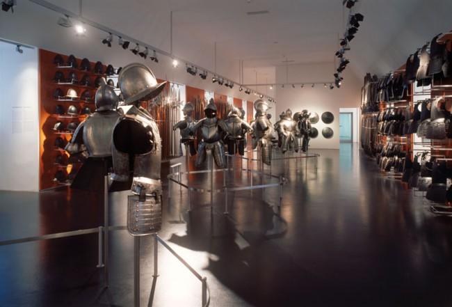 Rüstkammer,  Dauerausstellung im Ostfriesischen Landesmuseum  Foto: Roland Halbe