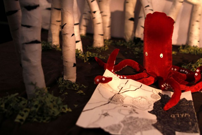 »Als der Bär vom Baum fiel«: DER FREMDE