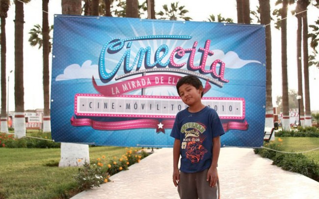 Cinecita, Kinoscreenings & Dokumentarfilm-workshops in den Anden