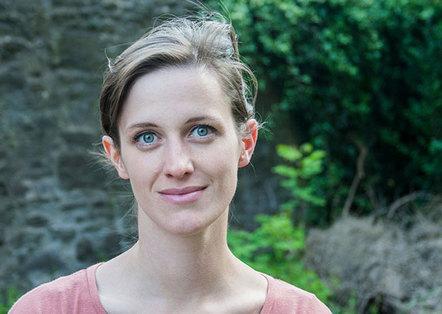 content_size_130712_Portrait_Christine_Roesch_zzportrait