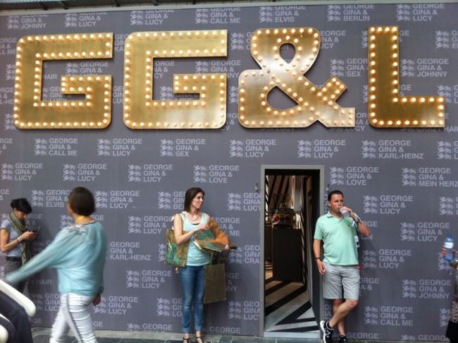 Glitter bei George Gina & Lucy