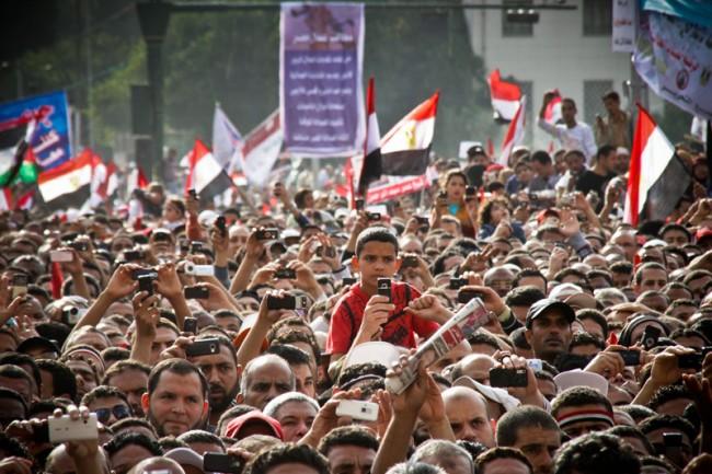 Demonstranten während einer Rede auf dem Tahrir-Platz   Kairo, 8. April 2011   Foto: Mosa'ab Elshamy