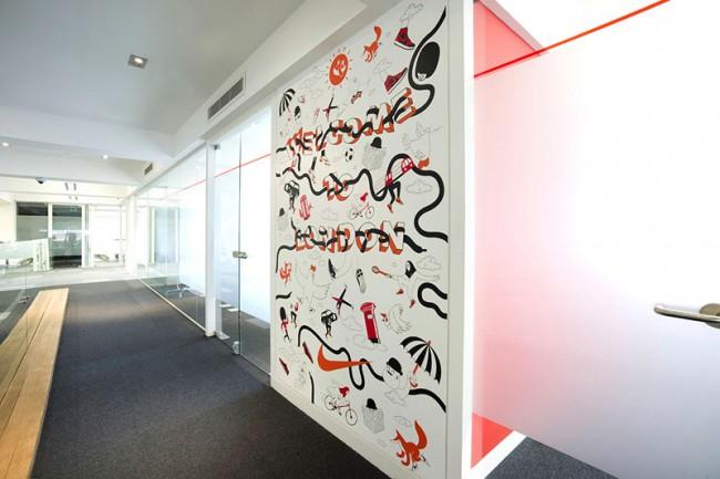 KR_130909_Nike_HQ-3rd-Floor-Wall-2
