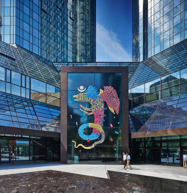 Fefe Talavera Frankfurt am Main 2013 Glasportal der Deutsche Bank AG-Türme an der Taunusanlage © Schirn Kunsthalle Frankfurt 2013, Foto: Norbert Miguletz
