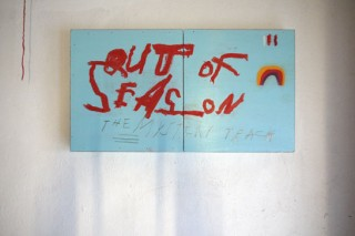 Denny Gretscher, Out of Season, oilstick, spraypaint on wood, 61,6 x 33,5 cm in two, 2013