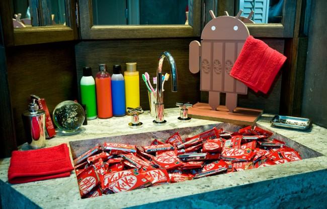 Kleine Stärkung im Badezimmer - natürlich Kitkat