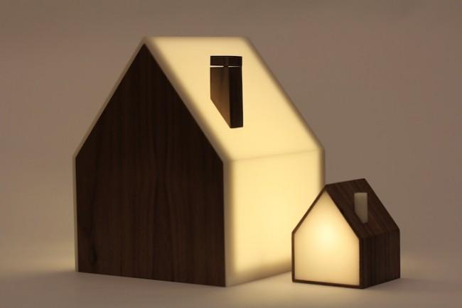 Good Night Lamp: Die Devices sind übers Internet miteinander verbunden - wenn das große Licht angeht, geht auch das kleine an