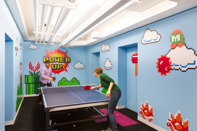 8-Bit-Game Room