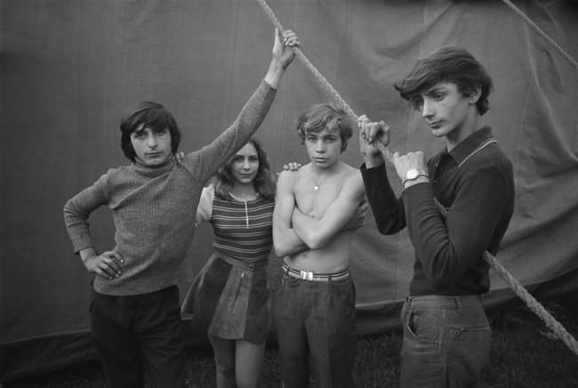 Ute Mahler: Zirkus Hein, Aue, 1973. Aus der Werkgruppe »Zusammenleben,« 1972-1986