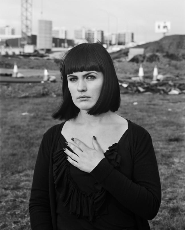 Ute Mahler; Werner Mahler: Aus der Serie »Monalisen der Vorstädte« Adda, Reykjavik, 2009