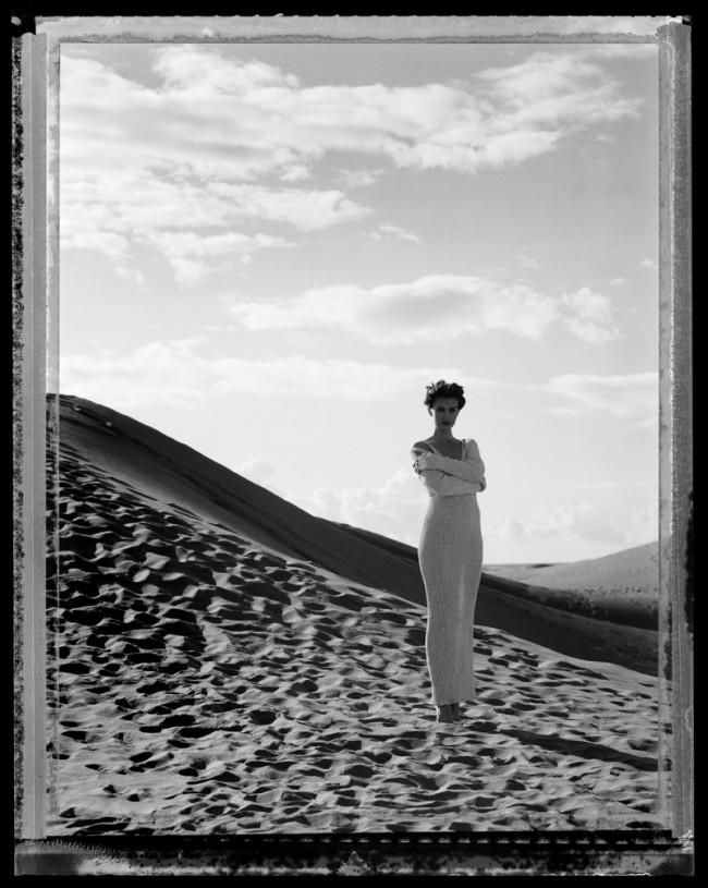 Werner Mahler: Modefoto für die Zeitschrift »Sibylle«, 1994. Polaroid 4x5 inch