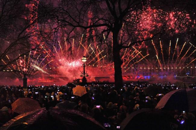 KR_140626_Multisensorik_Fireworks4-Photocredit-Vodafone