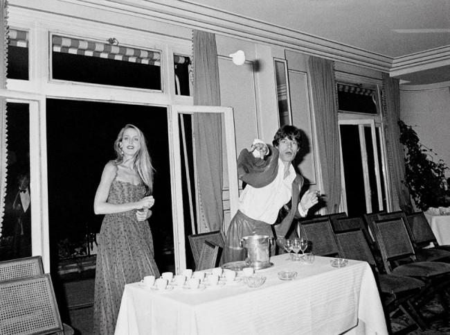Pascal Rostain, Mick Jagger et Jerry Hall au Pré Catelan, Paris, 19 juin 1980, Silbergelatineabzug 20 x 30 cm