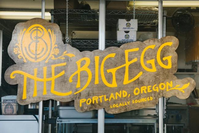 Handgemaltes Logo für die Menükarte von The Big Egg