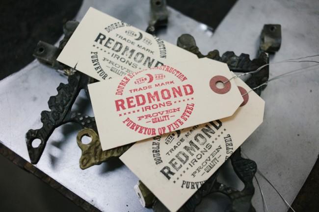 Logodesign für den Tätowiermaschinenhersteller Redmond Irons