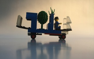 The Money Tree Converter: What this vehicle does is convert normal trees into ones that generate money. How does it work? It's simple – a radar locates people with more than € 1,000,000 in their back accounts, and using Wi-Fi, turns the excess money into seeds from which trees capable of generating € 10,000 grow. Giving an opportunity to the whole population, and making sure that subsidies aren't only for a lucky few.