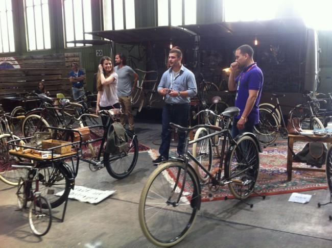 Handgefertigte Fahrräder von Le Vélo