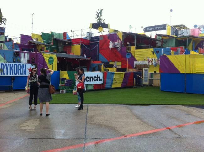 Favela-Style im Luna Park auf dem Flugfeld