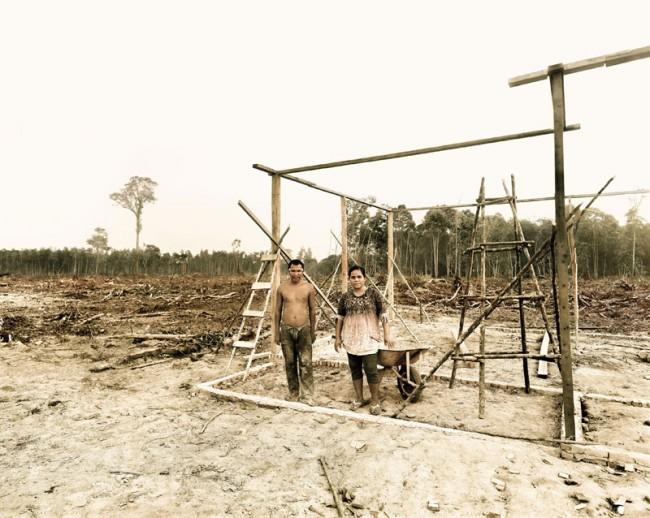 Armin and Yanti Petani building their new home, Riau area, Sumatra, Indonesia 10/2013