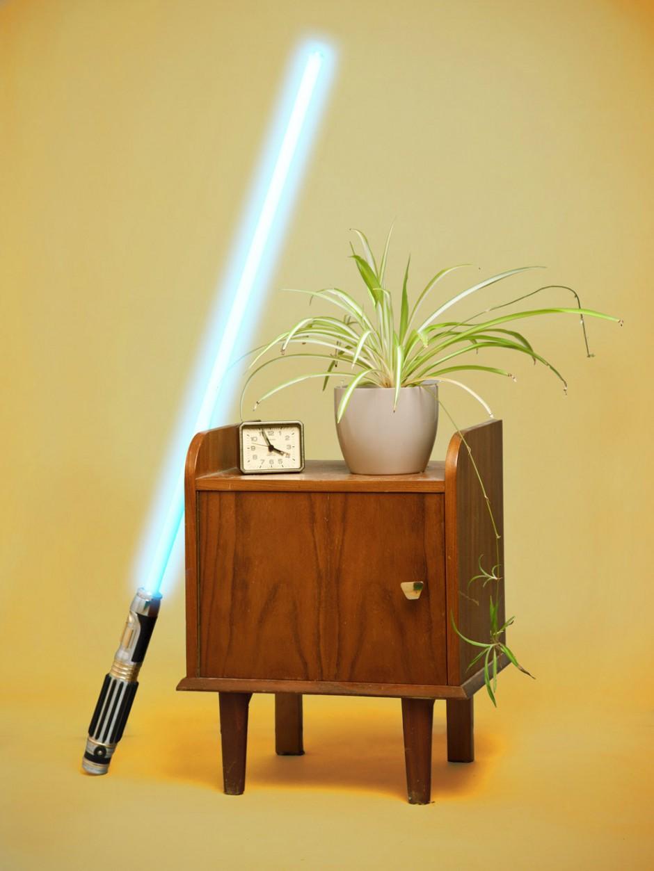 Skulptur mit Laserschwert