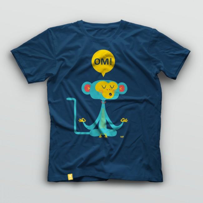 Om! Menú familiar aus Cáceres in Spanien haben zwei Yoga-Shirts entworfen, die sie im eigenen Shop verkaufen (www.menufamiliar.es)