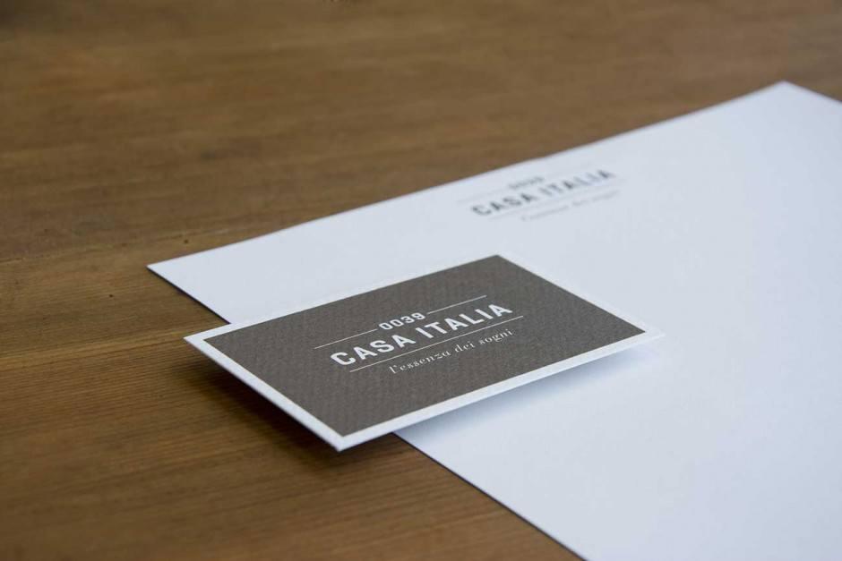 Papier Boutique So… Jeans, distressed white, 350g/m2   Druck Casanova Druck und Verlag AG, Chur, Schweiz