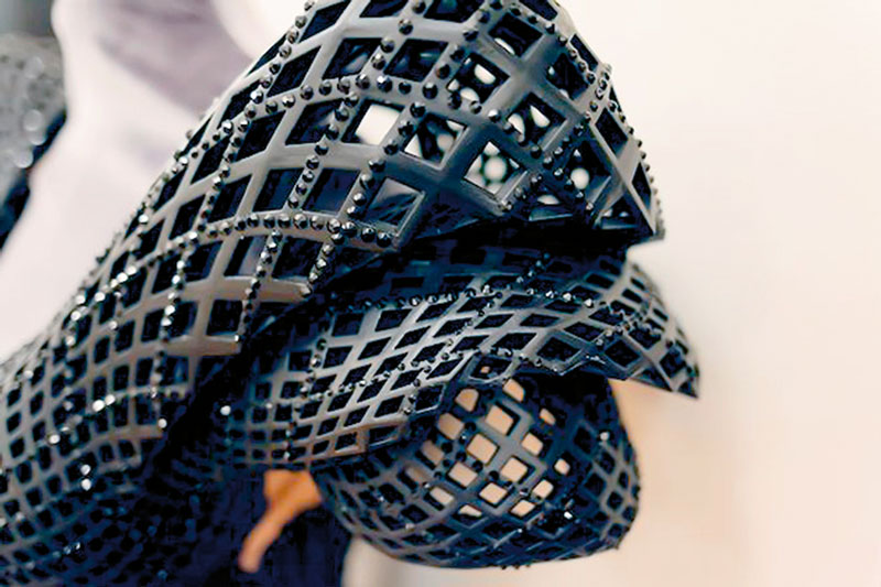 Te_3d_drucker_trends_dita-3d-printed-gown4