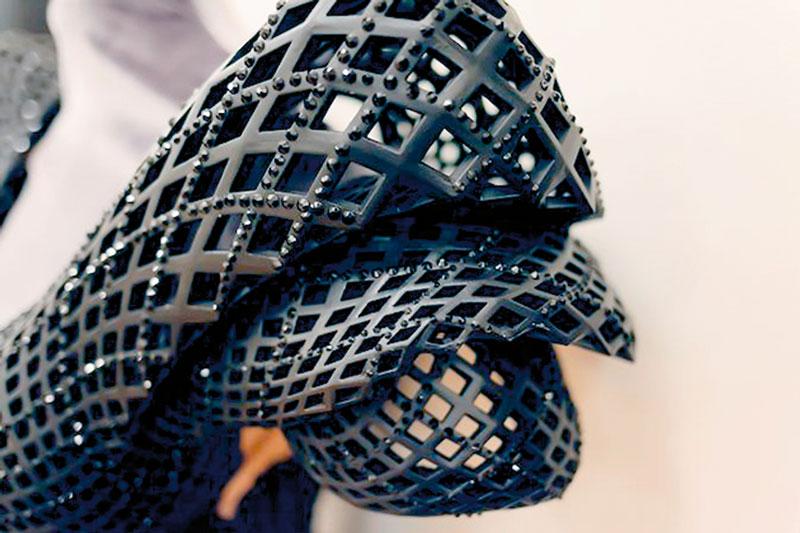 Te_3d_drucker_trends_dita-3d-printed-gown4