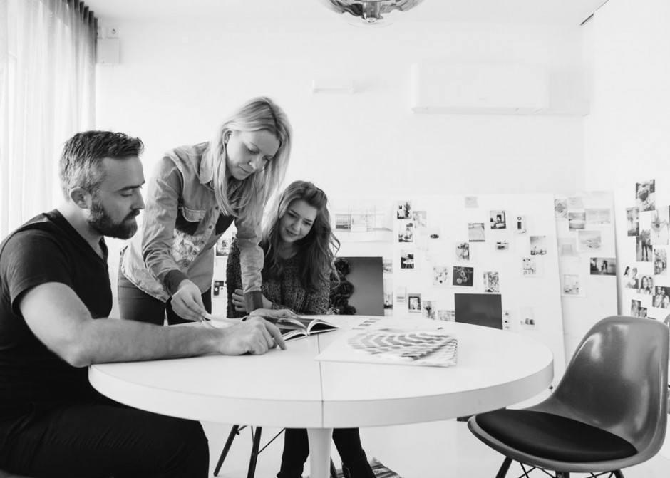 Team beim Brainstorming