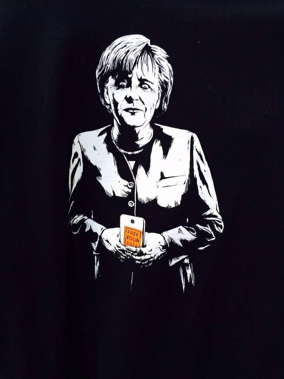 Merkel-Moriv auf dem Shirt von Cory Doctorov
