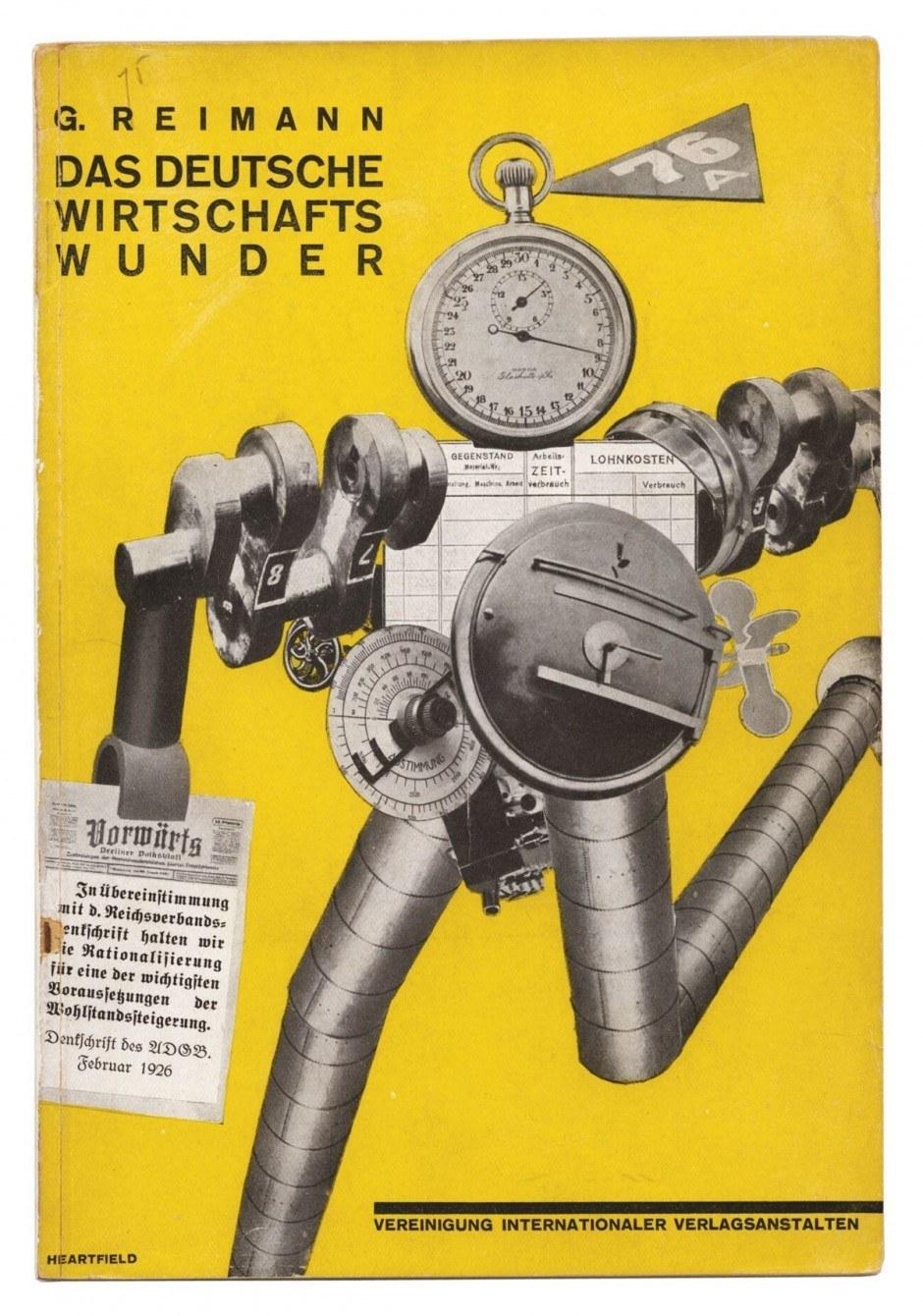 John Heartfield – eigentlich Helmut Herzfelde – war Typograf, Buch-gestalter und Bühnenbildner, vor allem aber auch Kommunist und Agitator, der mit seinen berühmten Fotomontagen für die weit verbreitete »Arbeiter-Illustrierte Zeitung« und Wahlkampfpropa-ganda für die KPD durchaus in die Tagespolitik eingriff. Diese Arbeit entstand 1927, doch erinnert sie an seine Zeit als Mitglied des Berliner Club Dada. Tatsächlich waren es die Dadaisten, die zuerst moderne Collagetechniken entwickelten