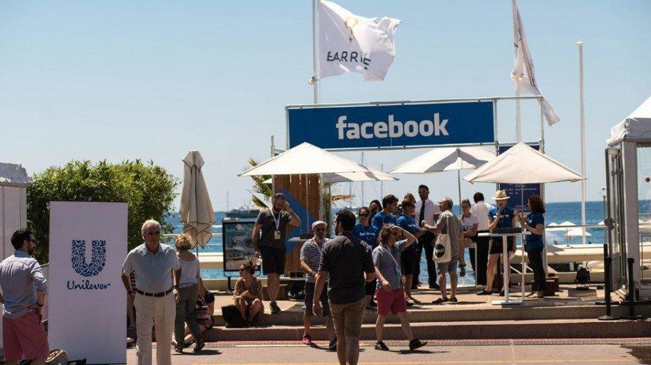 Zum liken: Der Facebook-Strand ...