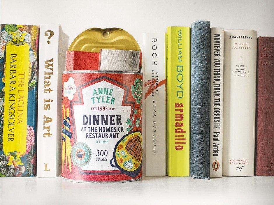 Maria Mordvintseva-Keeler steckte Bücher in Dosen und gestaltete großartige Etiketten inklusive Nährwertangaben.