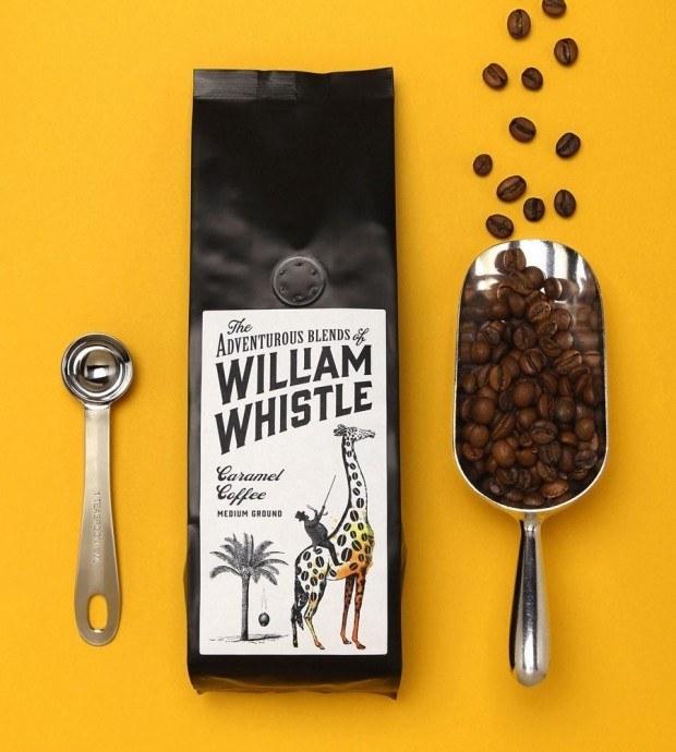 Horse Studio nutzte lieber Illustrationen im Retro-Look für die Kreation einer neuen Heissgetränke-Marke mit dem etwas umständlich-altertümlichen Namen »The Adventurous Blends of William Whistle«. William Whistle wird dabei als Entdeckernatur inszeniert, der keine Mühen scheut, um die besten Kaffees und Tees der Welt aufzutreiben. Auftraggeber war die Vertriebsagentur Nick Robinson & Associates Limited (NR&A Ltd).