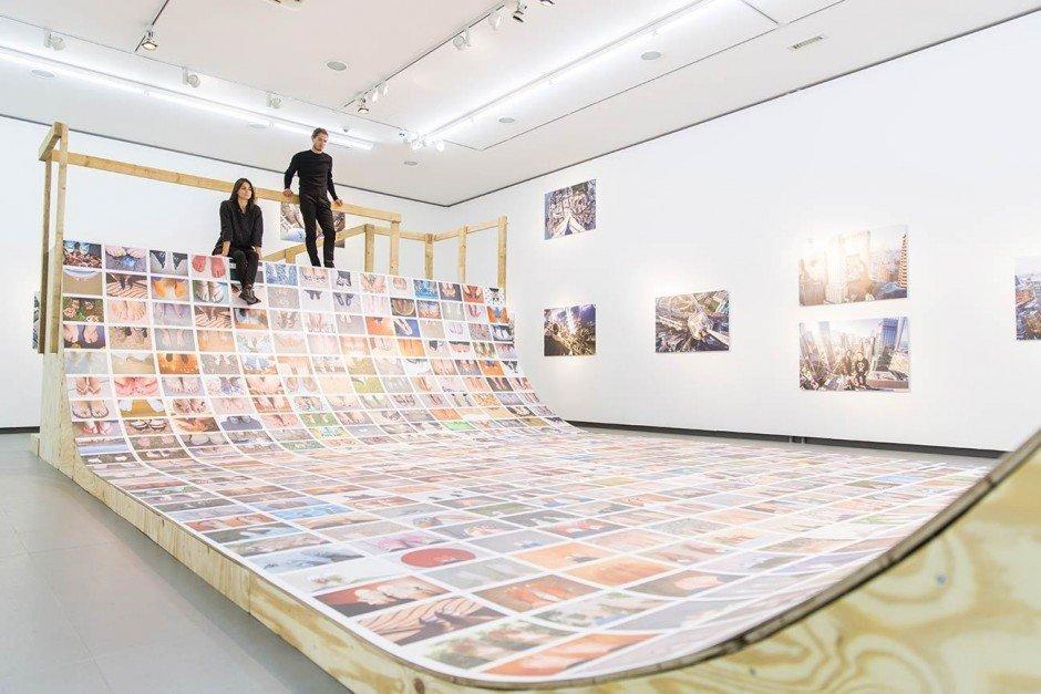 Ausstellungsansicht: Erik Kessels My Feet 2015