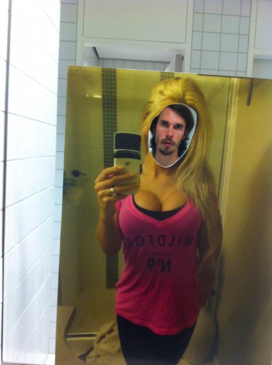 Kim Asendorf: Selfie Template