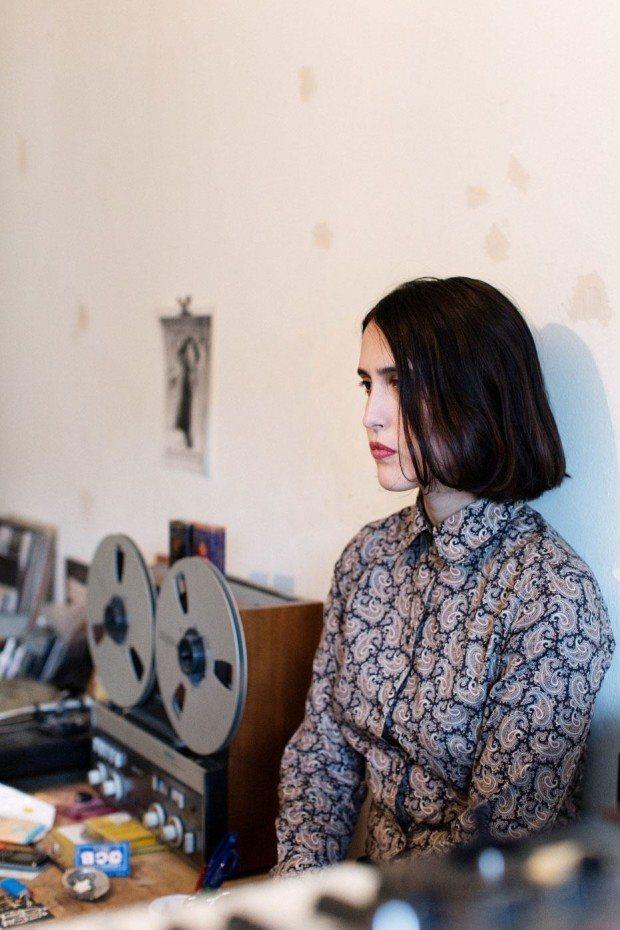 Helena Hauff für Spex Magazin zuhause in Hamburg, 2015