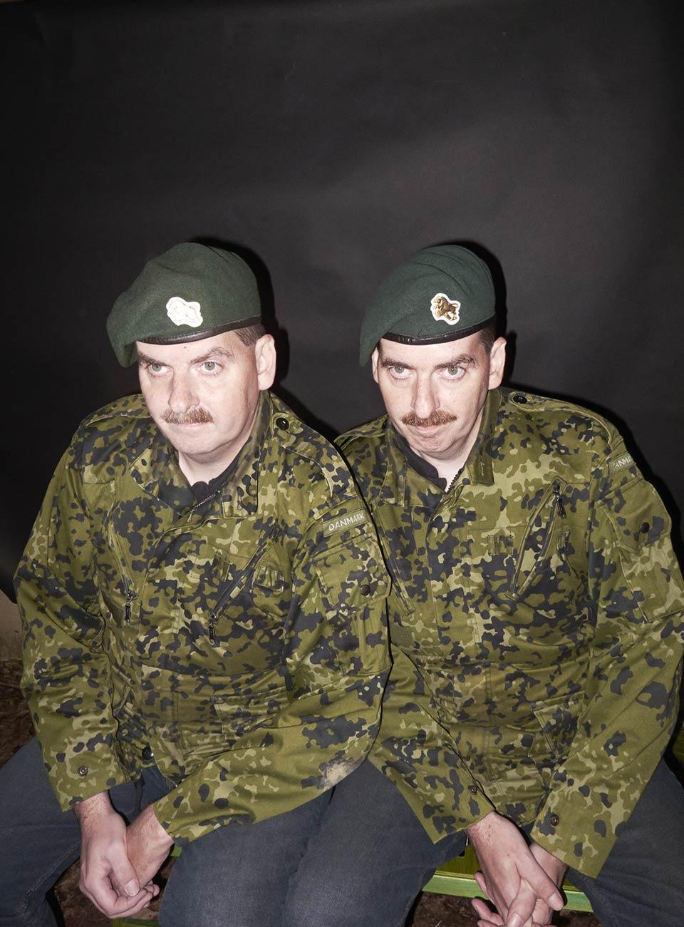 Aus einer Fotoserie über Zwillinge