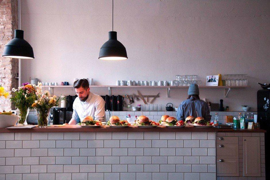 Energiespender: Einmal in der Woche kommt ein Koch und zaubert ein Mittagessen für alle