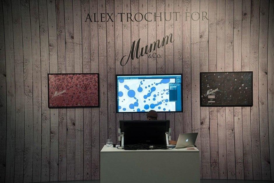 Auf der ART.FAIR 2015 in Köln wurde die neue Künstleredition von Mumm mit einer interaktiven Live-Installation erstmal vorgestellt