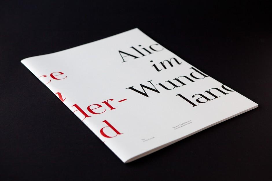 Alice im Wunderland – Minara Schriftentwicklung