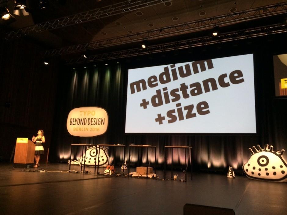 Nadine Chahine über Typografie für Car-Devices und -Interfaces